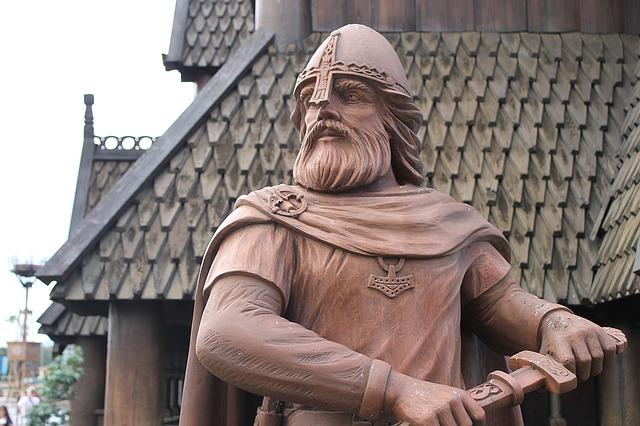 Estátua de um Guerreiro Viking